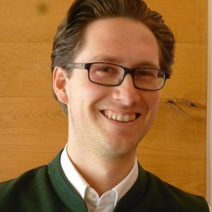 Tobias Merkle – unser Experte für Weinseminare und Weinproben im Mayr's Bistro in Planegg bei München